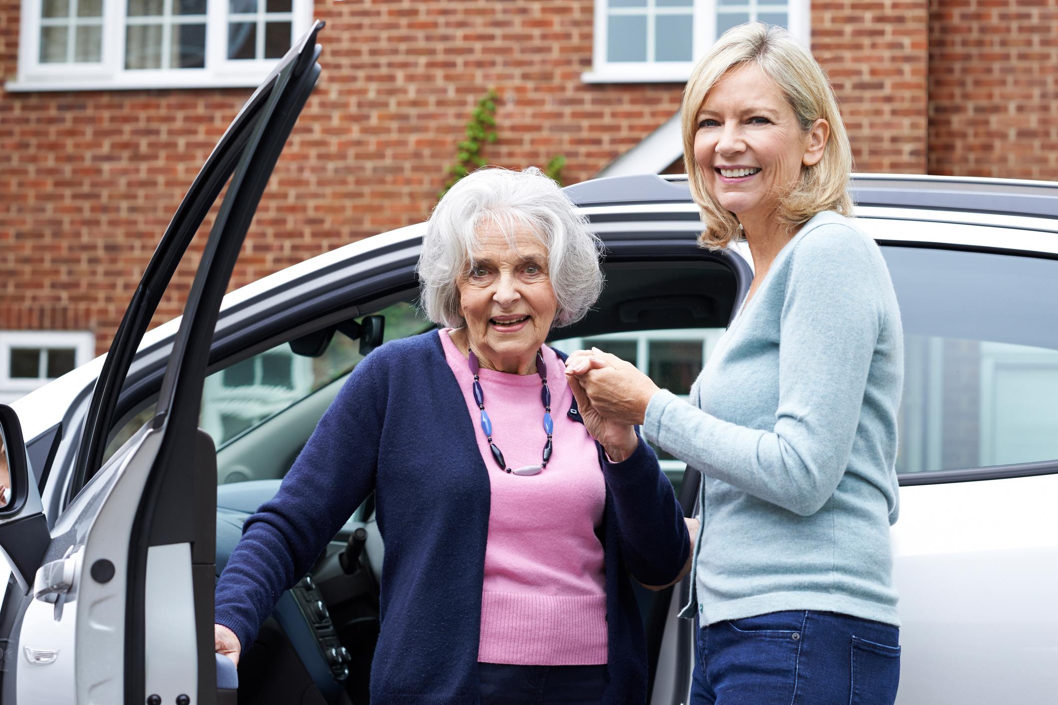 Volunteer driver gives older neighbor a lift