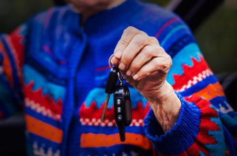 olderwomancarkeys